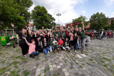 Treckerfreunde Musiktraktor Treckerfest Musiktraktor Gatersleben