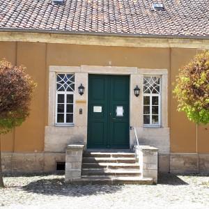 Ortschaftsrat verlangt wiederholt Ausarbeitung und Vorlage von Konzepte für den Verkauf des Oberhofs in Gatersleben