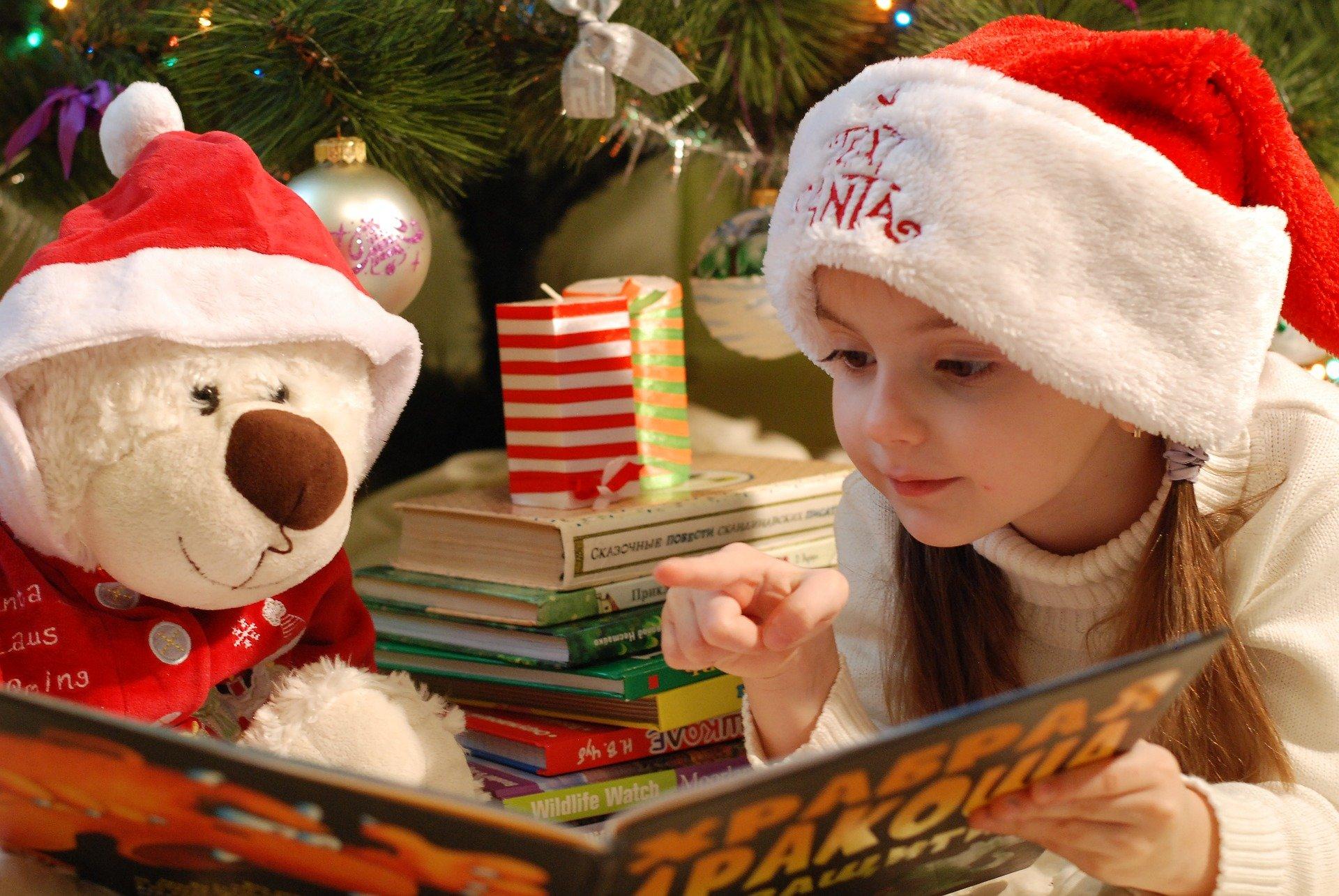 Frohe Weihnachtsgrüße aus der Stadtbibliothek