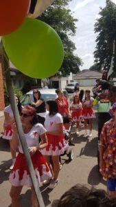 Read more about the article So haben die Narren des GCC mitten im Sommer Karneval gefeiert. Bildergalerie